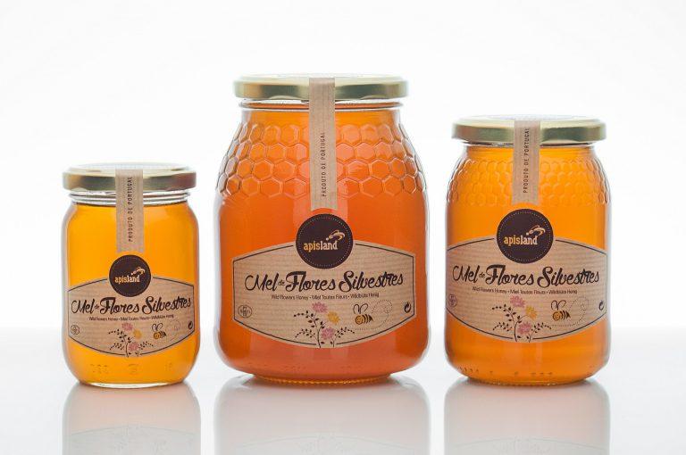 Rótulos de frascos de mel de flores silvestres para a Apisland